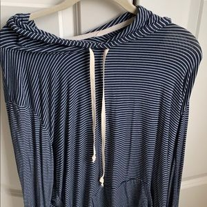 NEVER WORN Brandy Melville ONE SIZE striped hoodie
